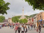 Teenager im Stadtzentrum Prizren