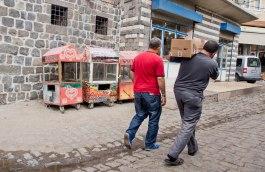 Straßenszene in der Altstadt von Diyarbakir.