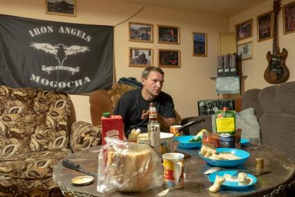 Clubheim der Biker in Mogocha. Im Bild: Andrey
